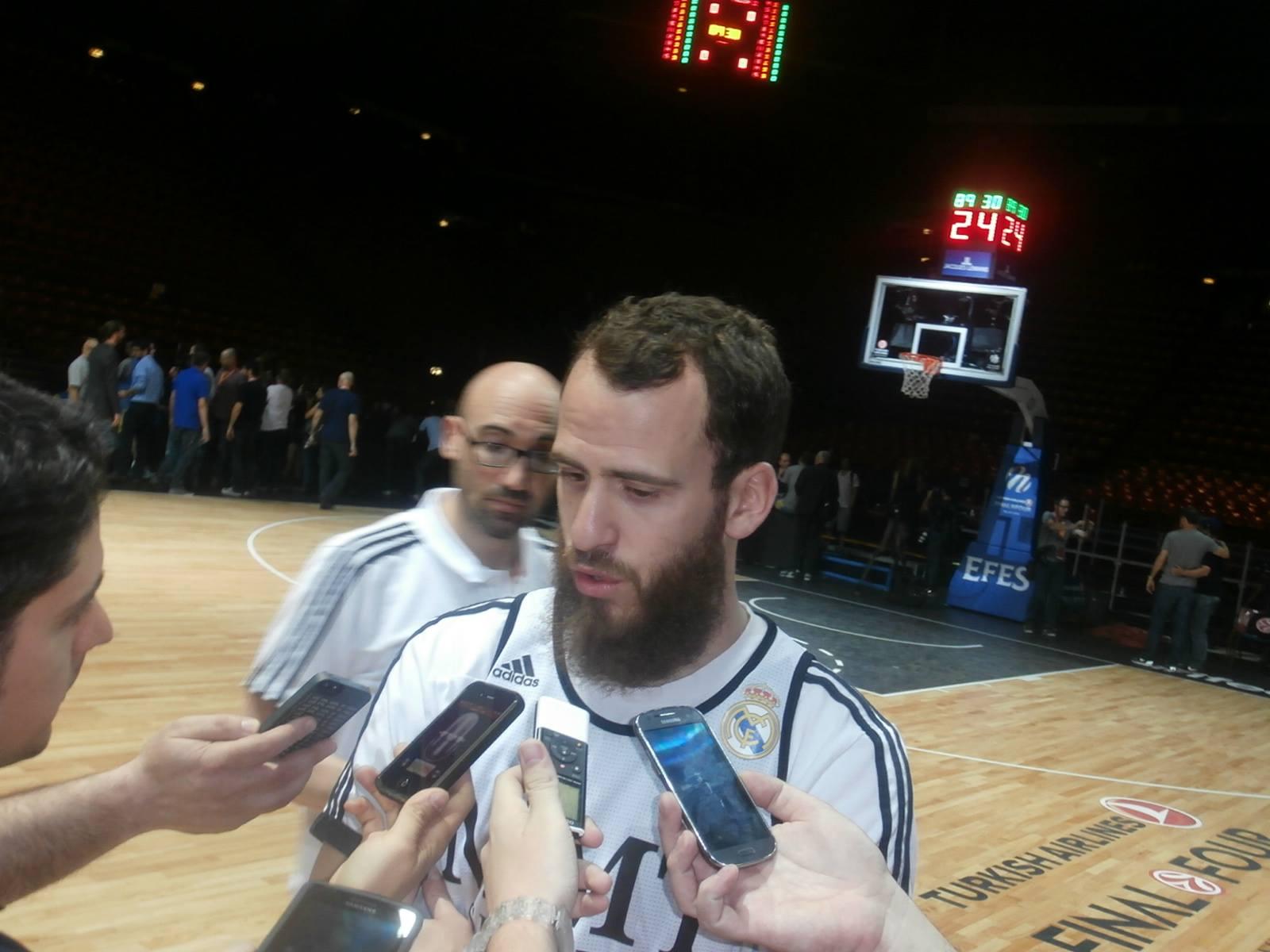 Intervista Sergio Rodriguez - © 2014 Basketcaffe.com