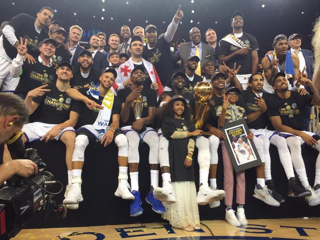 Golden State Warriors © 2017 twitter.com/goldenstatewarriors